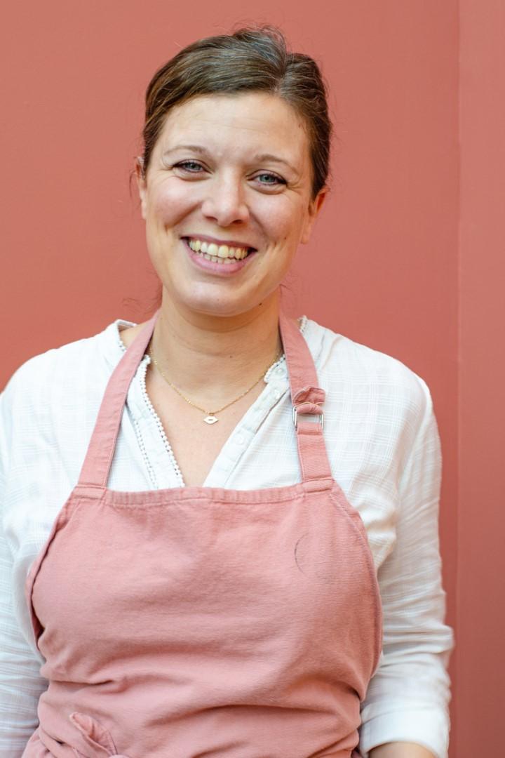 Lena, Café Biscuit